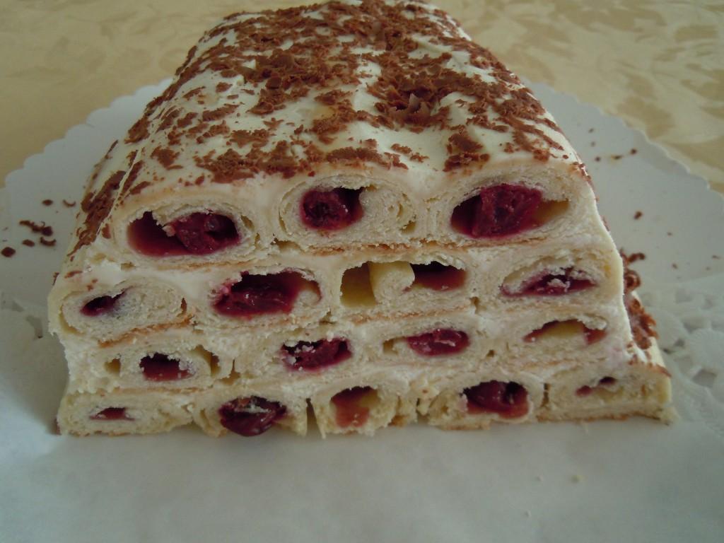 Kirschröllchen-Torte-01