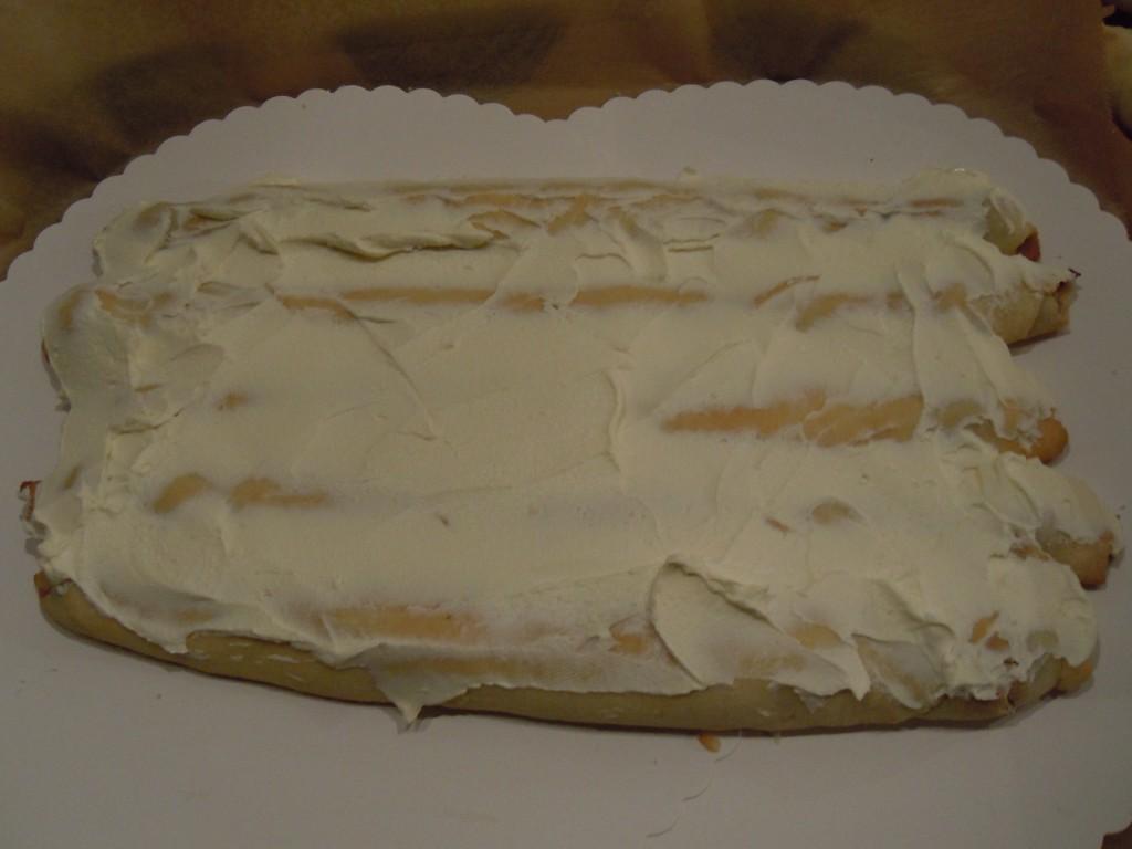 Kirschröllchen-Torte-10