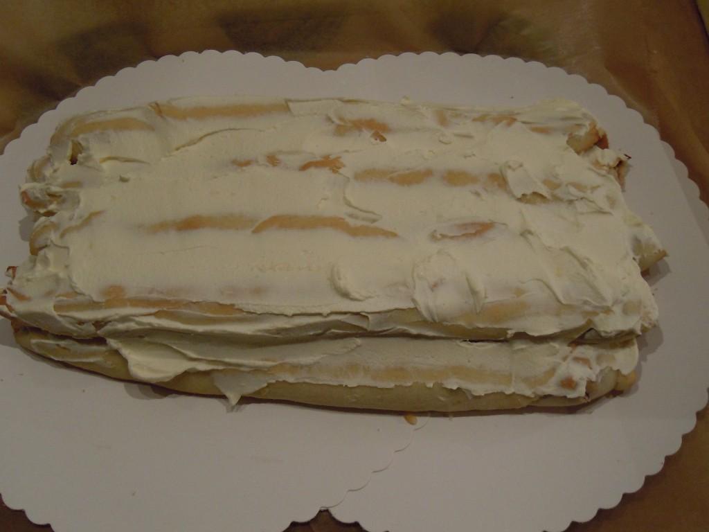 Kirschröllchen-Torte-12